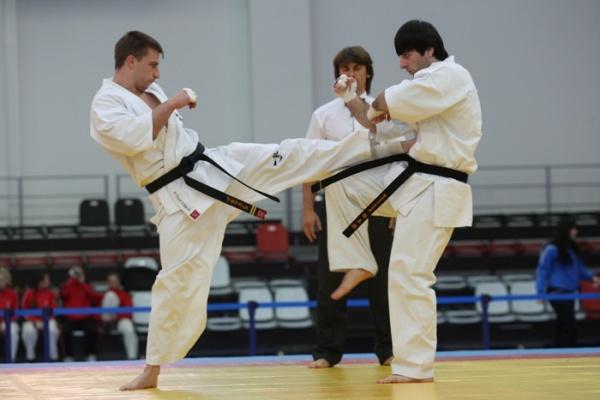 Новосибирские каратисты примут участие в чемпионате мира