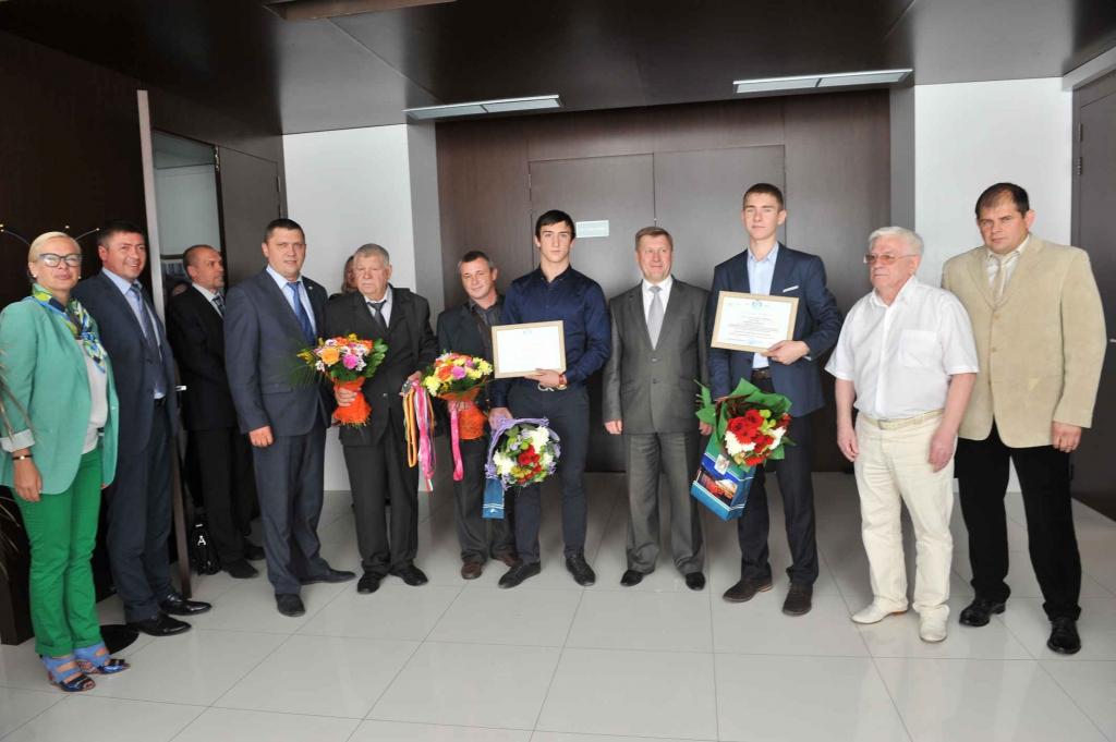 Анатолий Локоть поздравил победителей II летних юношеских Олимпийских игр 2014 года.