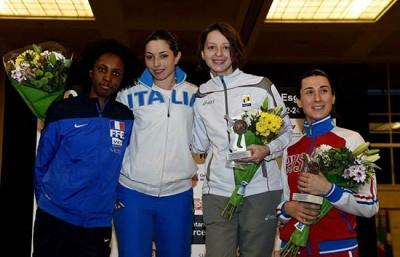 Две медали этапа Кубка мира по фехтованию на шпагах завоевала новосибирская спортсменка Любовь Шутова