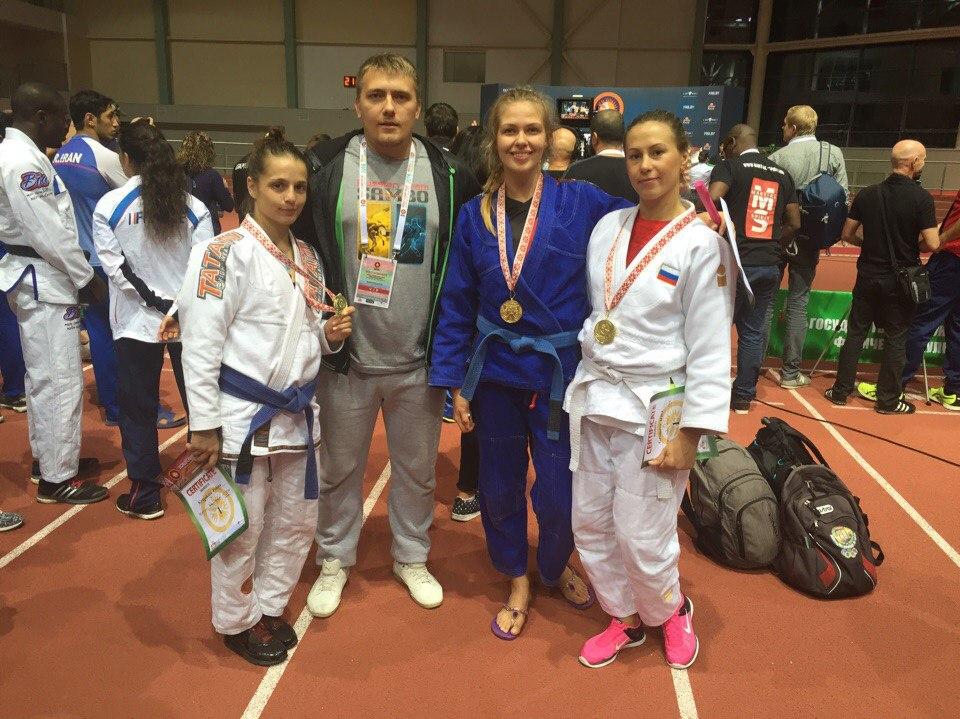 Сибирячки взяли медали на чемпионате мира по грэпплингу