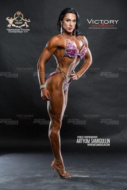 Дарья Мануйленкова - абсолютная чемпионка России по бодибилдингу и фитнесу