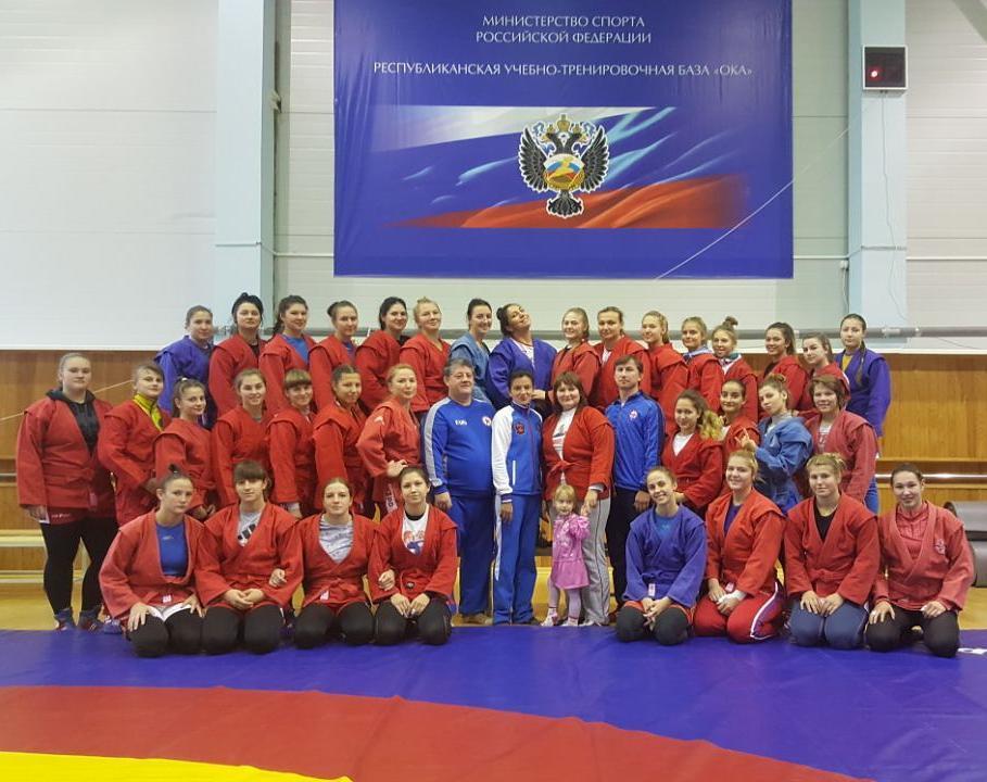 Три новосибирских самбистки выступят на первенстве мира в Сербии
