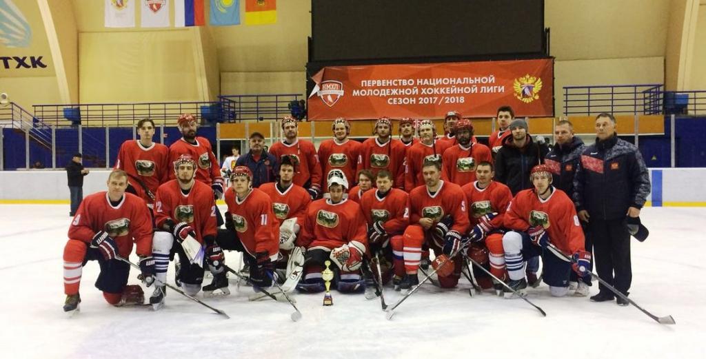 Новосибирские хоккеисты (спорт глухих) стали серебряными призёрами чемпионата России