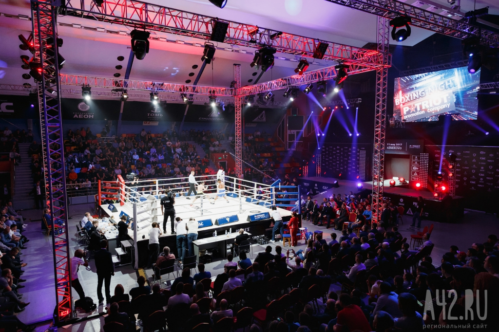 3 боя и 3 победы: Михаил Алоян завоевал титул чемпиона WBA International