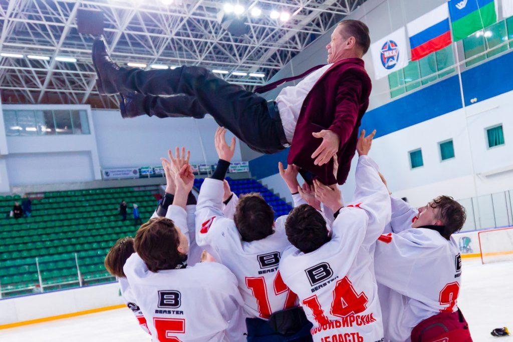 II Всероссийская зимняя спартакиада инвалидов: новосибирские хоккеисты стали сильнейшими