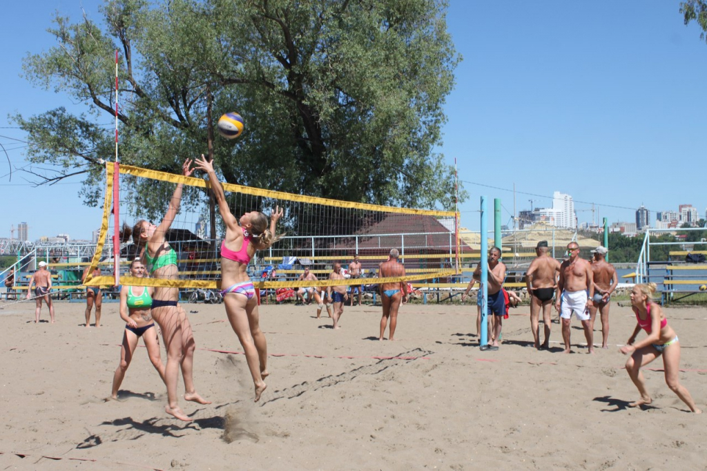 Новосибирцы завоевали медали чемпионата России по пляжному волейболу (спорт глухих)