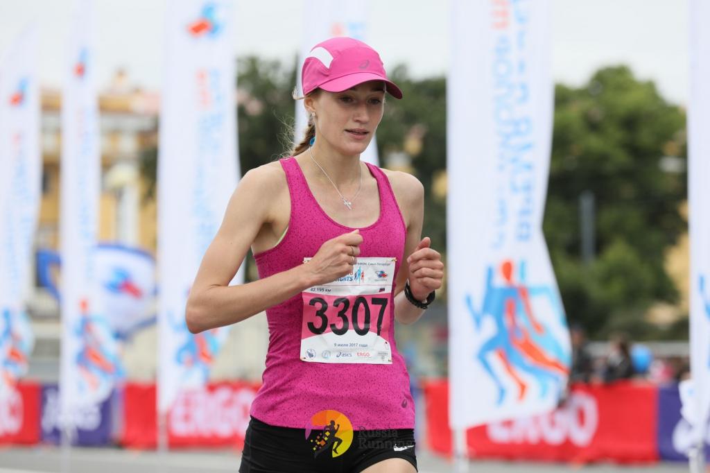 Новосибирская спортсменка финишировала третьей на Сибирском международном марафоне