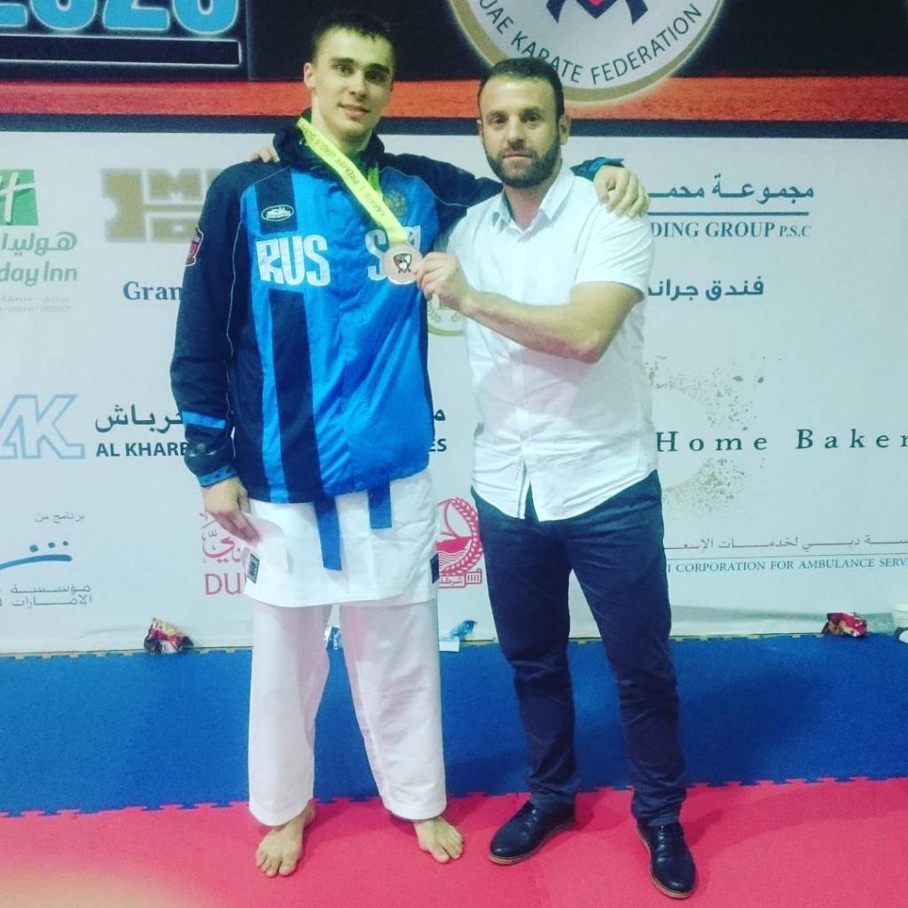 Новосибирские каратисты готовятся к престижному турниру элитной серии в Париже
