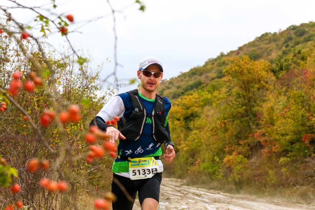 Новосибирский атлет победил в забеге на 82 километра