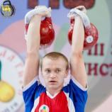 Евгений Бутенко стал сильнейшим гиревиком России в двоеборье