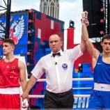 Шахриёр Ахмедов победил в бою на Красной площади в Москве