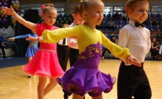 ДЮСШ по спортивным танцам объявляет набор детей и подростков