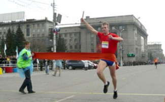 64 легкоатлетическая эстафета пройдет на Центральной площади