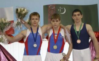 Даниил Казачков завоевал золото международного турнира по спортивной гимнастике