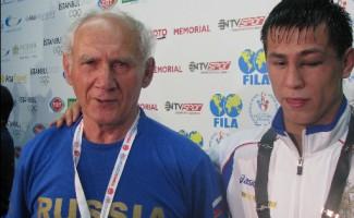 В год Русской классической борьбы новосибирец Роман Власов выиграл титул чемпиона мира