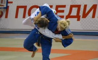 Екатерина Захарова и Светалана Федосеенко в призах на Кубке России по дзюдо