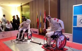 Сборная команда России по фехтованию на колясках завоевала 2 медали в заключительный день кубка мира в Польше