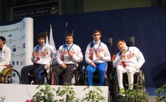 Россияне стали обладателями восьми медалей по итогам Кубка мира по фехтованию на колясках, завершившегося в Париже.