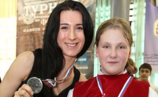 В Новосибирске в пятый раз пройдут соревнования по фехтованию на призы Любови Шутовой