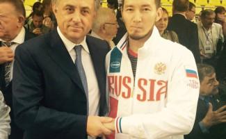 Асхат Акматов. Знакомьтесь